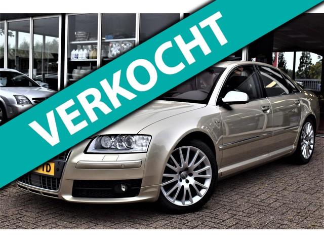 Audi S8 (foto 0)